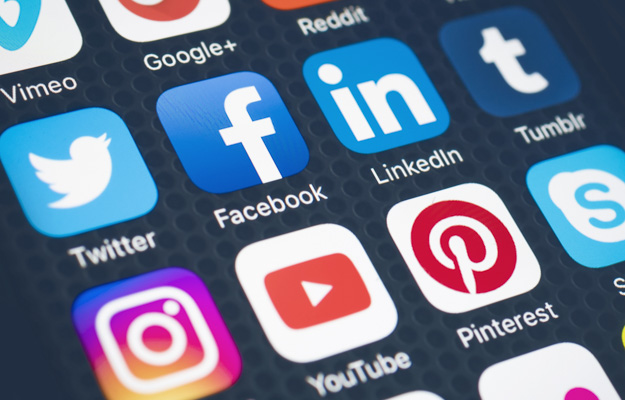 Phone screen showing multiple social media platforms | 5 Benefits That Locl Can Bring Your Business